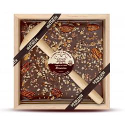 Dark chocolate with walnut, caramelised pecan nut and cocoa nibs