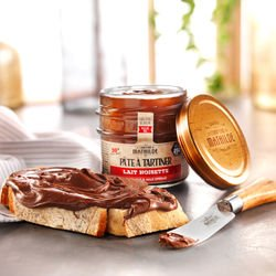 Milk & Dark Hazelnut spreads 2 spreads 3.52oz