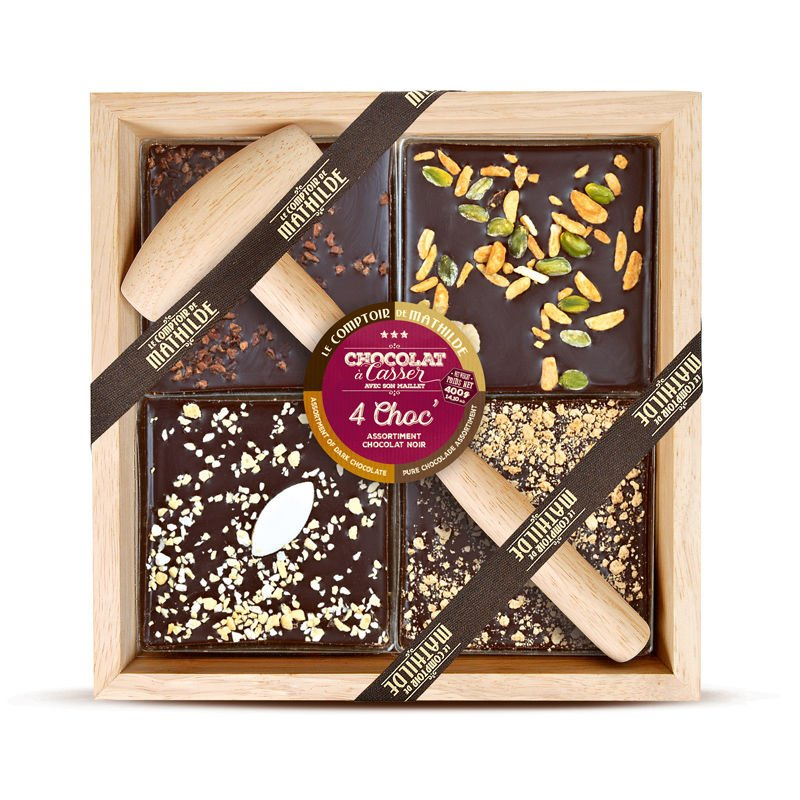 Dark chocolate with dried fruits, nougat chips, calisson, crumbled speculoos and cocoanibs
